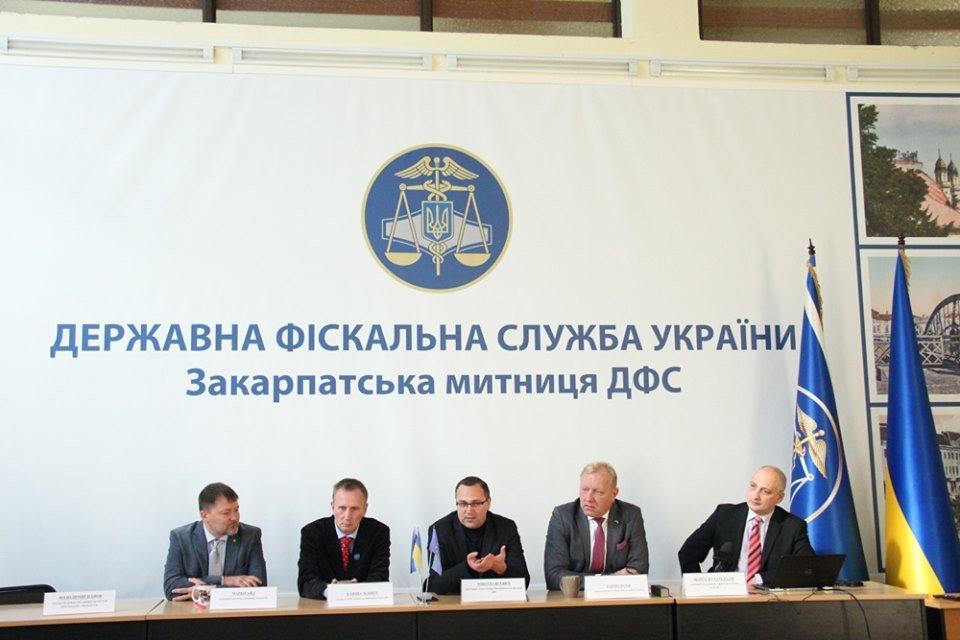 """На КПП """"Тиса"""" у 2020 році планують запустити проект """"електронні черги"""" (ФОТО), фото-1"""