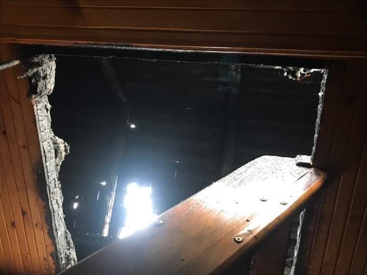 Сім'я Пантьо підозрює, що пожежа у їхньому будинку - помста: з'явились фото з місця пожежі в Ужгороді, фото-4
