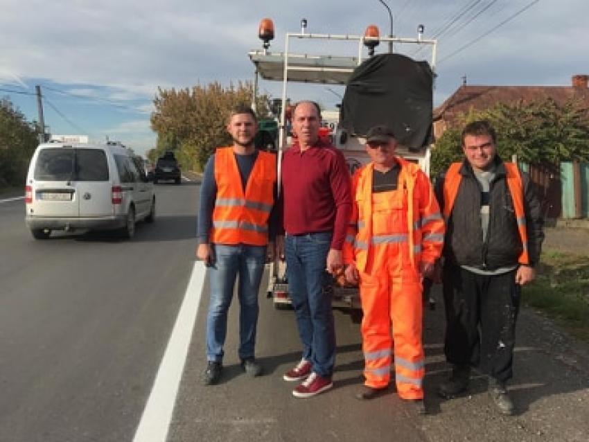 Бондаренко перевіряв нове дорожнє покриття на дорозі Берегово-Мукачево (ФОТО), фото-3