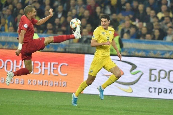 Україна героїчно обіграла Португалію і достроково вийшла на Євро-2020 (ФОТО, ВІДЕО), фото-1