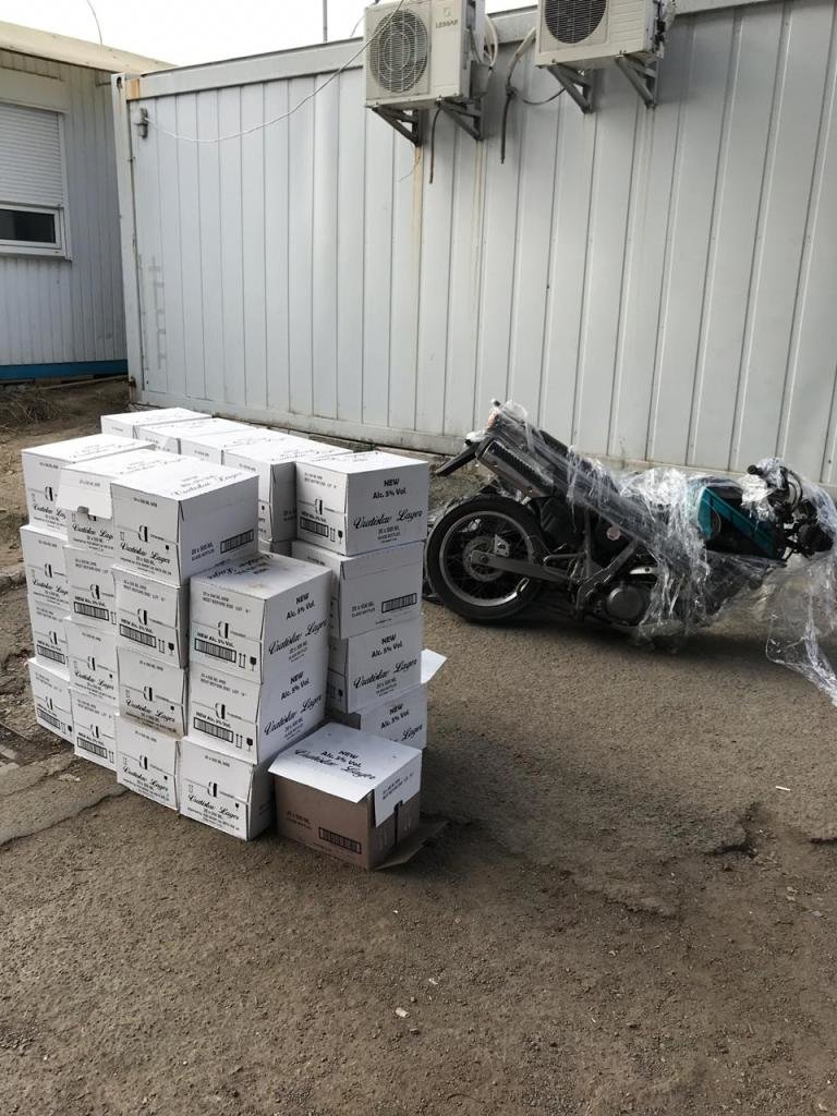 """Через КПП """"Ужгород"""" намагалися ввезти 335 л чеського пива та мотоцикл (ФОТО), фото-3"""