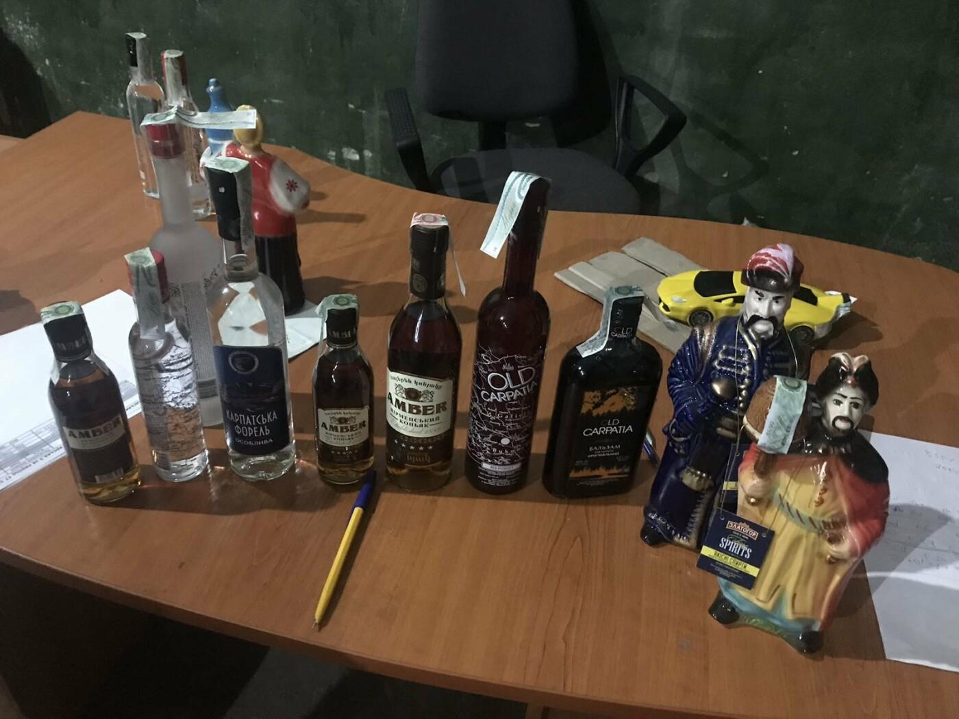 Податківці вилучили в Ужгороді  партію алкоголю вартістю понад 2 млн грн (ФОТО), фото-2