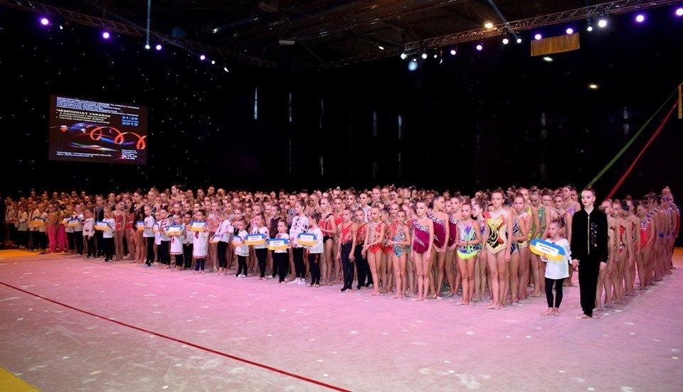 """В Ужгороді в """"Юності"""" змагаються понад 900 гімнасток з усієї України (ФОТО), фото-1"""