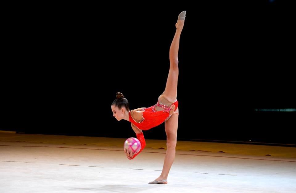 """В Ужгороді в """"Юності"""" змагаються понад 900 гімнасток з усієї України (ФОТО), фото-3"""