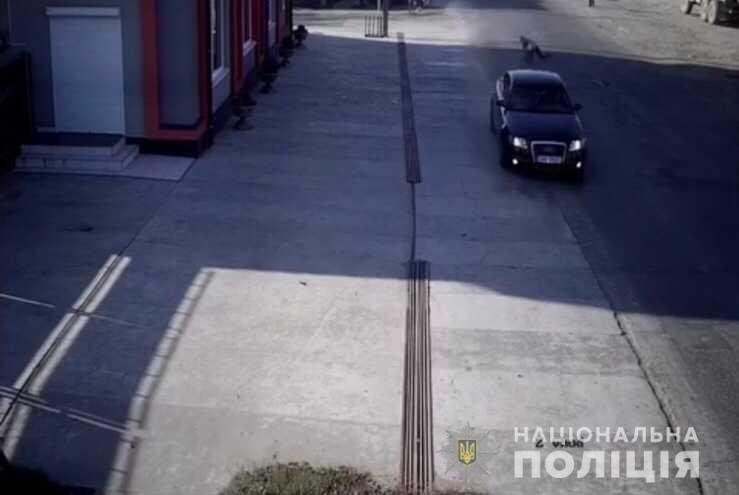 Потерпілу госпіталізовано: п'яний закарпатець збив жінку-пішохода та втік (ФОТО), фото-1