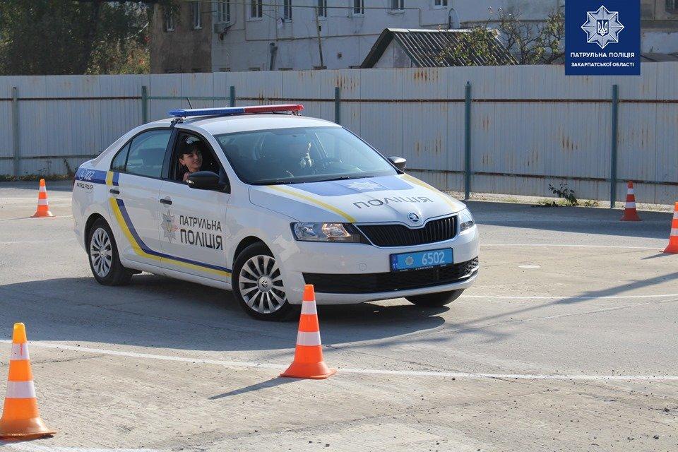 В Ужгороді патрульні змагались у навичках керування службовим автомобілем (ФОТО, ВІДЕО), фото-3