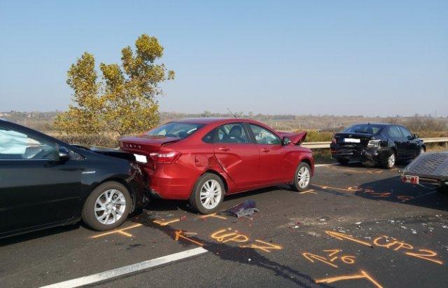 Аварія по той бік кордону: На швидкісній трасі  в Угорщині зіткнулось 12 автомобілів (ФОТО), фото-3