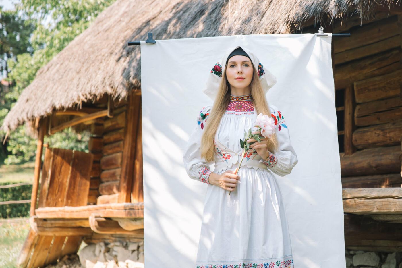 Історичне вбрання жінок Закарпаття презентували в сучасних образах (ФОТО, ВІДЕО), фото-1