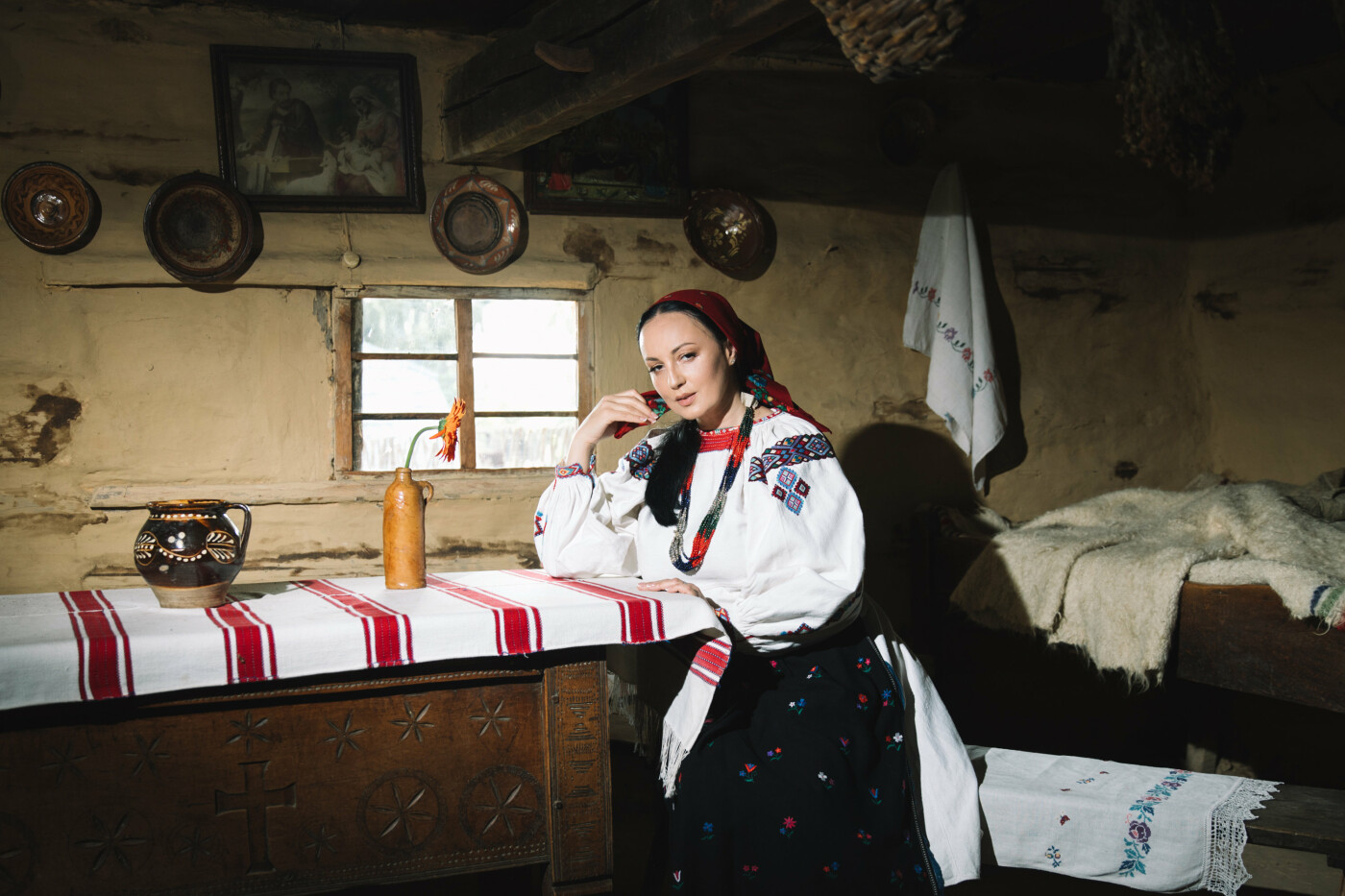 Історичне вбрання жінок Закарпаття презентували в сучасних образах (ФОТО, ВІДЕО), фото-2