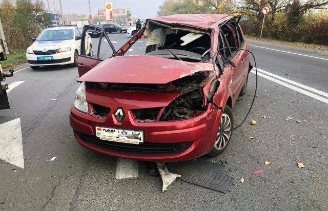 Лікарі борються за життя водія, що постраждав у ДТП на об'їзній в Ужгороді , фото-2