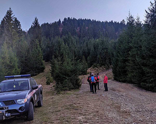 Рятувальники допомогли жителю Львова, який травмувався у горах Закарпаття, фото-1