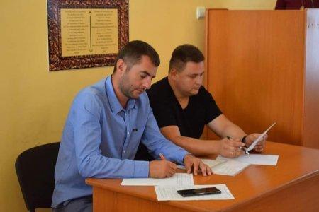 Угорська поліція розшукує вихідця із Берегова, схожого на місцевого депутата (ФОТО), фото-2