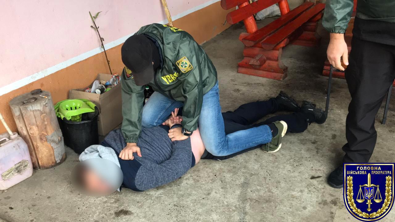 Викриття хабарника: На Закарпатті прикордонник намагався підкупити свого колегу (ФОТО), фото-2