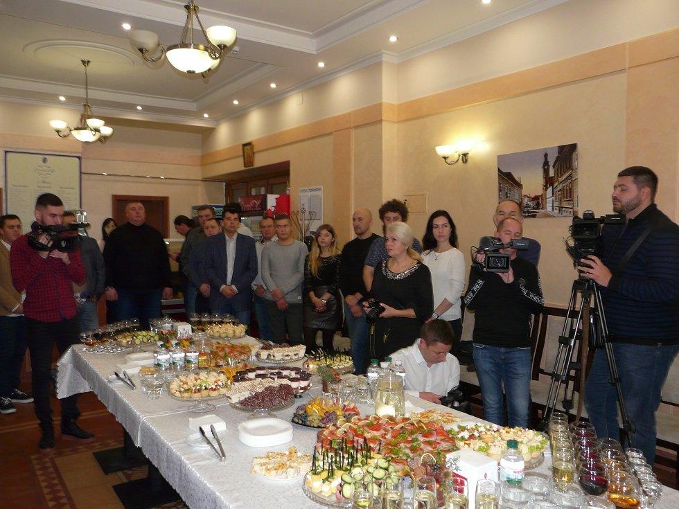 В ОДА вітали з прийдешнім професійним святом працівників телебачення, радіо та зв'язку, фото-2