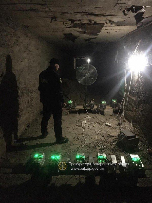 Офіційні подробиці викриття на Закарпатті складу, де фасували марихуану (ФОТО), фото-5
