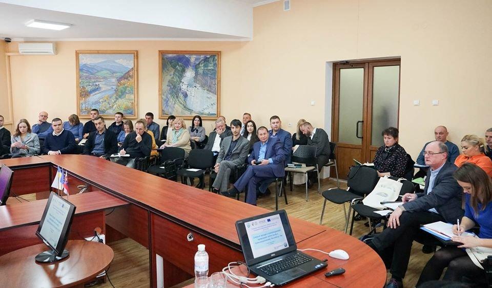В Ужгороді вирішували, як попередити природні катастрофи у басейні ріки Уж (ФОТО), фото-2