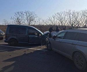 Обгін та лобове зіткнення: Офіційні подробиці ДТП з потерпілими на Ужгородщині (ФОТО), фото-1