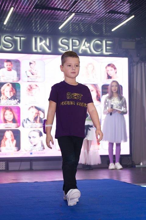 Юного ужгородця відзначили на Всеукраїнському модельному конкурсі (ФОТО), фото-2