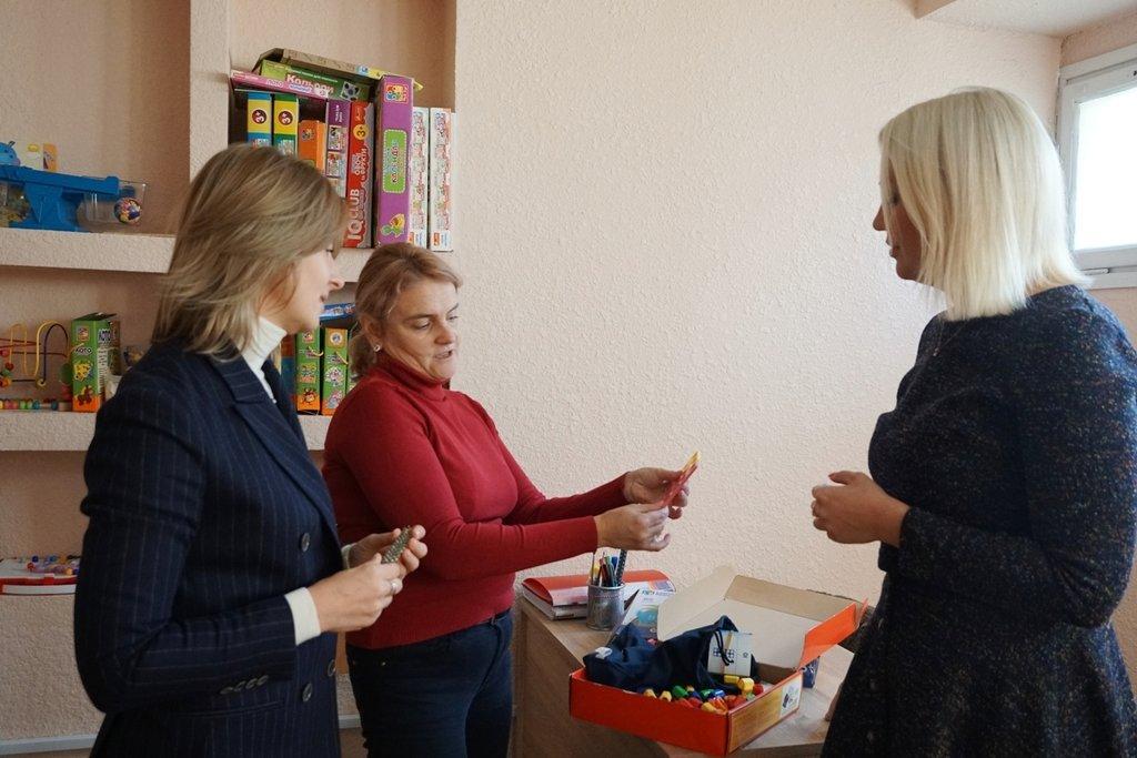 """В Ужгороді відкрили """"Школу вихідного дня"""" для батьків дітей з особливими освітніми потребами (ФОТО), фото-2"""