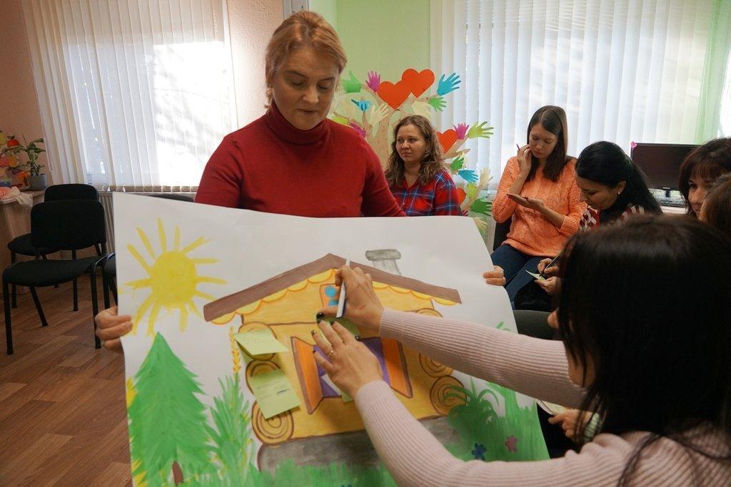 """В Ужгороді відкрили """"Школу вихідного дня"""" для батьків дітей з особливими освітніми потребами (ФОТО), фото-5"""