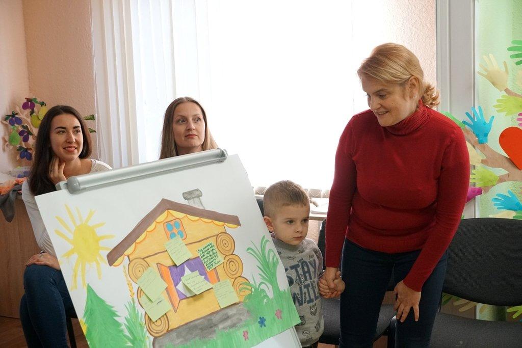 """В Ужгороді відкрили """"Школу вихідного дня"""" для батьків дітей з особливими освітніми потребами (ФОТО), фото-6"""
