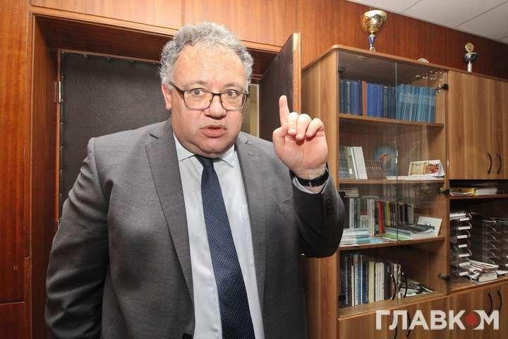 Посол Угорщини поспівчував своїм землякам на Закарпатті, бо вчити українську дуже тяжко, фото-1