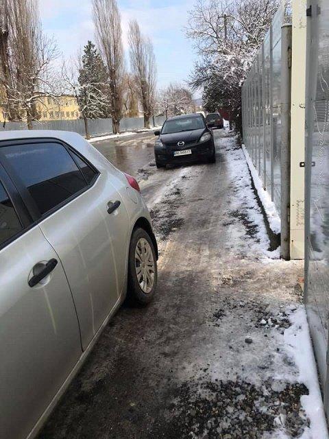 Ужгородська Венеція: жителі обласного центру не можуть дістатись до амбулаторії (ФОТО), фото-3