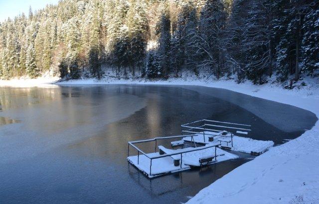 Неймовірний пейзаж: як виглядає озеро Синевир взимку, фото-5