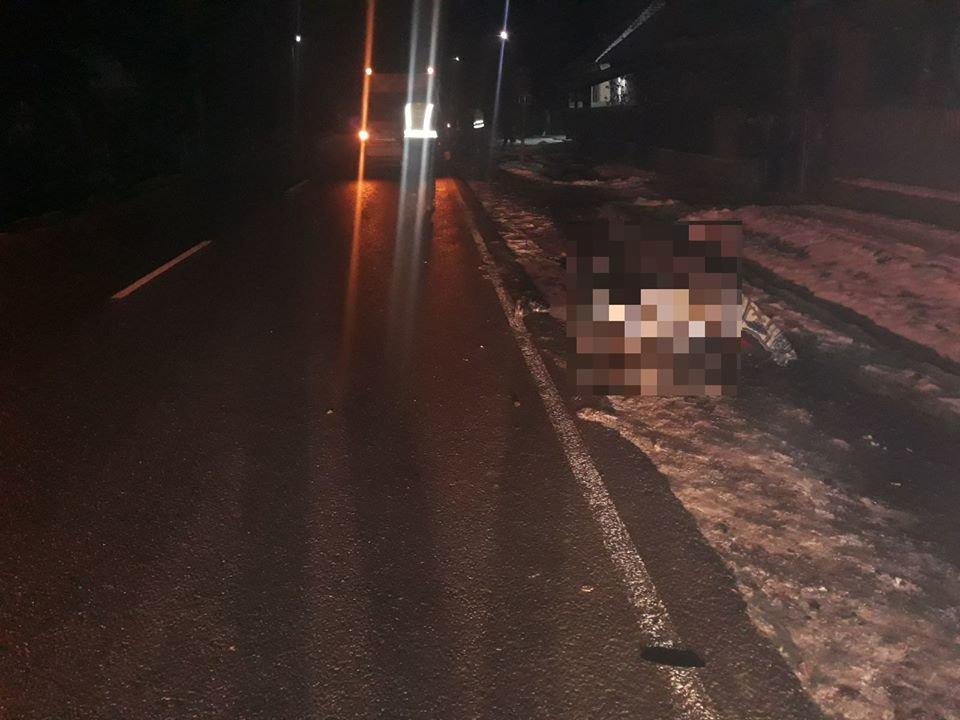 На Ужгородщині водій на «Fоrd Transit» на смерть збив 41-річного пішохода, фото-2