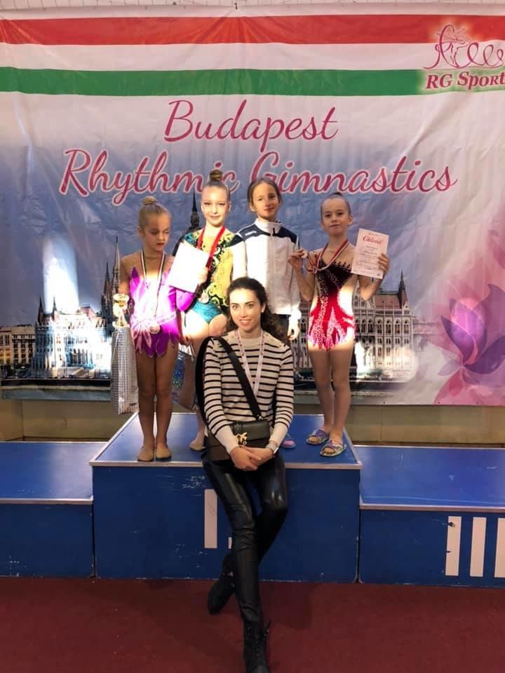 Юні спортсменки з Ужгорода привезли нагороди із міжнародних змагань з гімнастики (ФОТО), фото-4