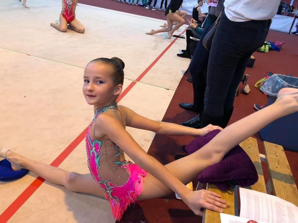 Юні спортсменки з Ужгорода привезли нагороди із міжнародних змагань з гімнастики (ФОТО), фото-1
