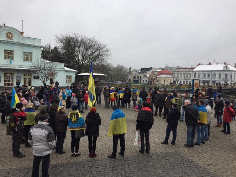"""В Ужгороді відбулось всеукраїнське віче """"Червоні лінії для Зеленського"""" (ВІДЕО), фото-4"""