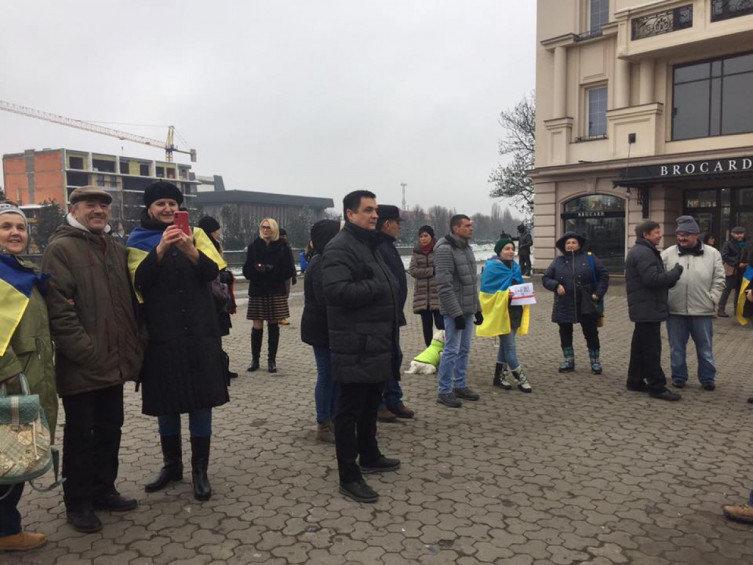 """В Ужгороді відбулось всеукраїнське віче """"Червоні лінії для Зеленського"""" (ВІДЕО), фото-3"""