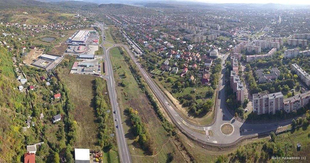У тестовому режимі запрацювала нова дорожня розв'язка у Мукачеві (ФОТО), фото-1