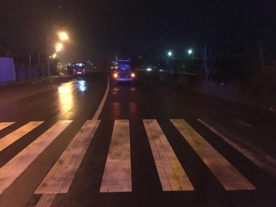 """ДТП на пішоходному переході: в Ужгороді під колеса """"ВАЗ"""" потрапив 60-річний чоловік , фото-1"""
