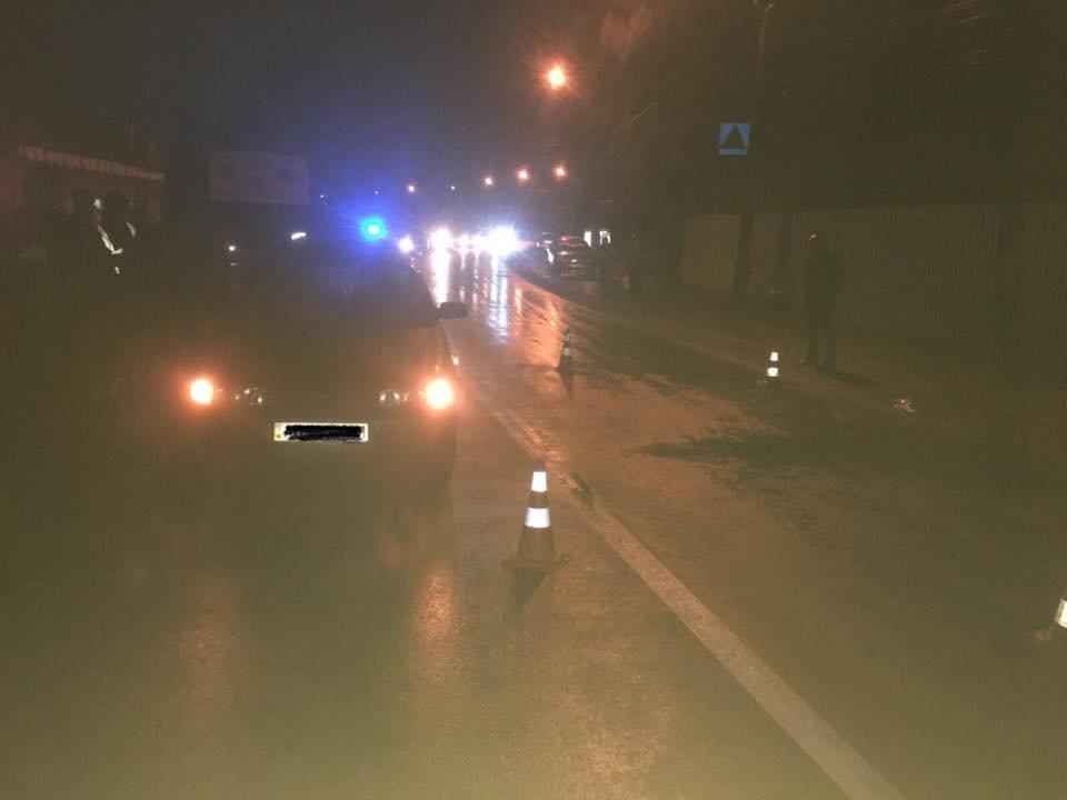 """ДТП на пішоходному переході: в Ужгороді під колеса """"ВАЗ"""" потрапив 60-річний чоловік , фото-2"""