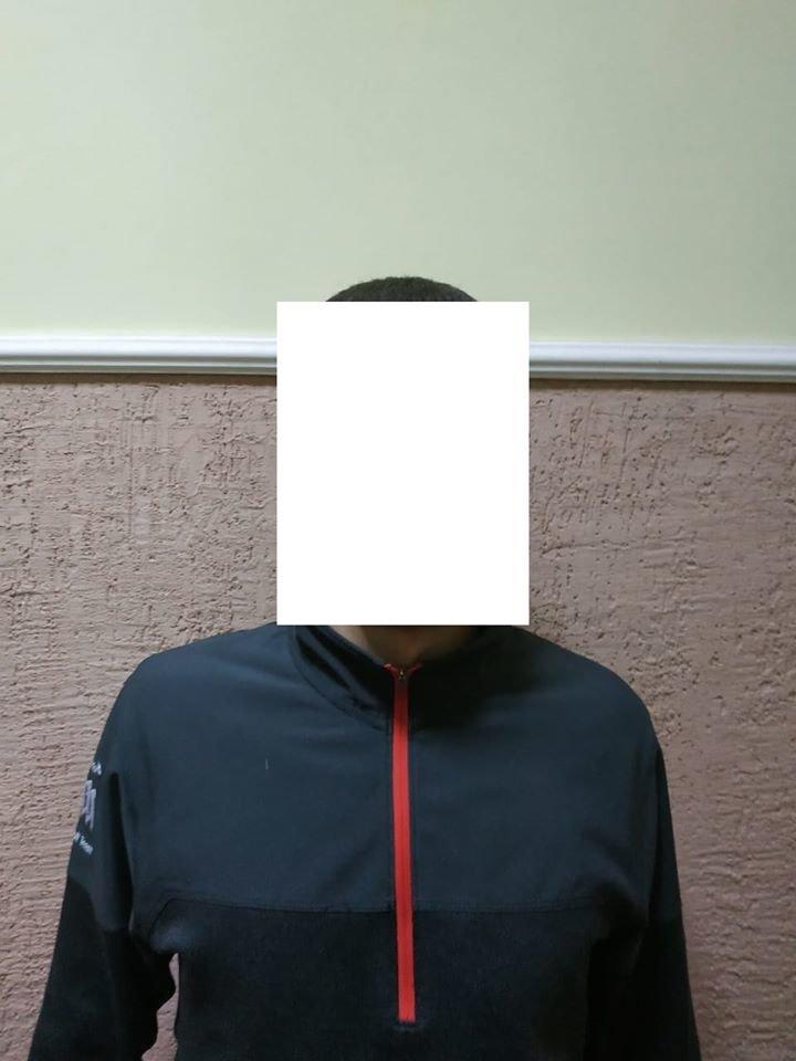 Беззаперечні докази злочину: у Берегові затримали зловмисників з «фомкою», маскою та грошима (ФОТО), фото-2