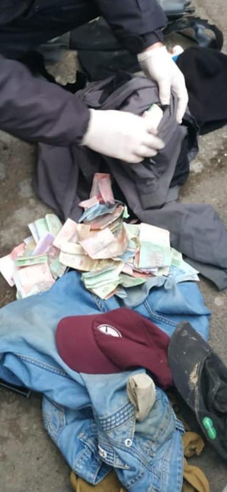 Беззаперечні докази злочину: у Берегові затримали зловмисників з «фомкою», маскою та грошима (ФОТО), фото-4