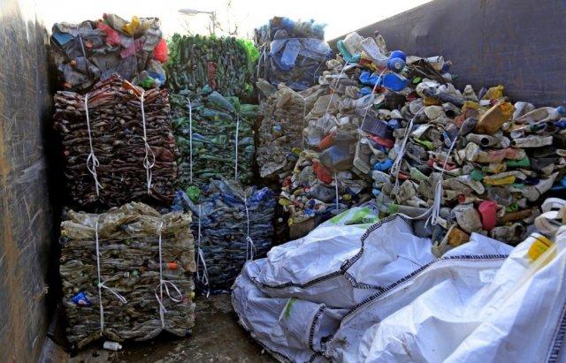 Людям має бути соромно: сусіди Закарпаття зібрали з Тиси 10 тис тонн сміття (ФОТО), фото-6