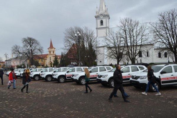 На Закарпатті 10 сільських амбулаторій отримали нові автомобілі, фото-3