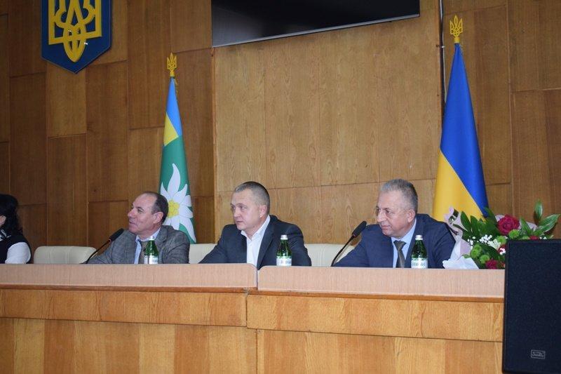 Ігор Бондаренко офіційно представив нового очільника Рахівської РДА - Віктора Медвідя, фото-2