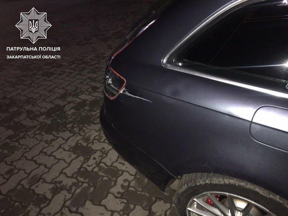 В Ужгороді поліція шукає свідків ДТП з припаркованою АUDI (ФОТО), фото-2