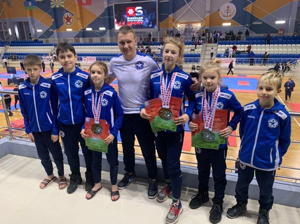 Юні ужгородські таеквондисти привезли 7 призових нагород з Мінську (ФОТО), фото-1