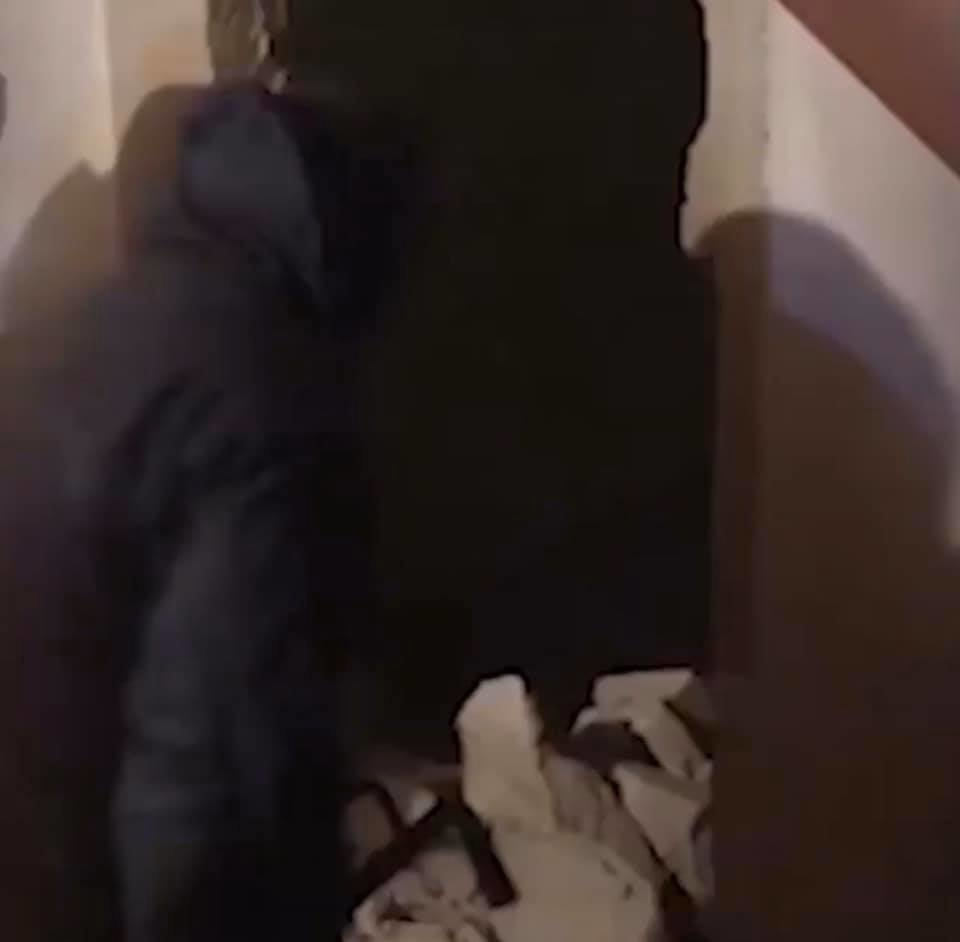 """""""В'язниця"""" у підвалі: нелегали, викрадені закарпатським депутатом, розповіли свою історію (ФОТО, ВІДЕО), фото-5"""