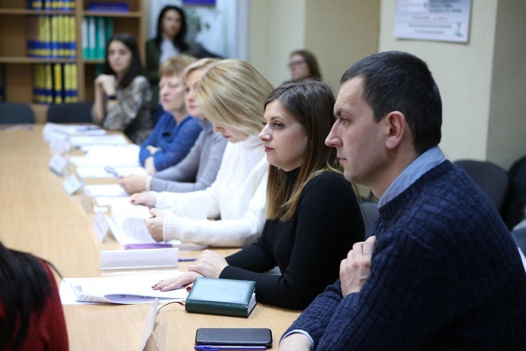 25 роботодавців з Ужгорода думали, як вирішити проблему «кадрового голоду»  (ФОТО), фото-2