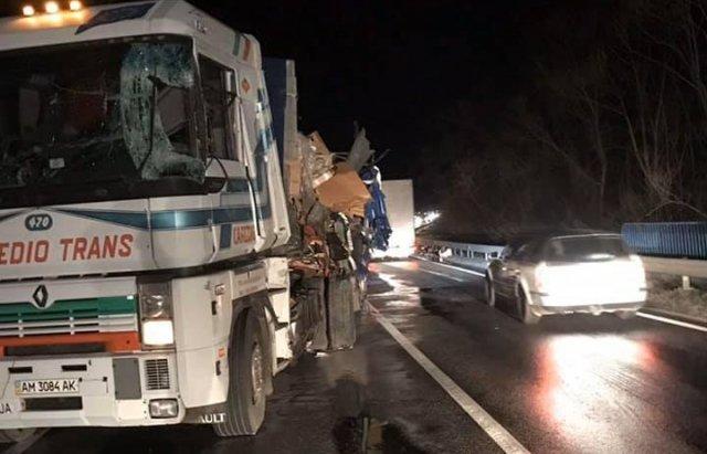 У моторошному зіткненні двох вантажівок загинув 27-річний закарпатець (ФОТО, ВІДЕО), фото-4