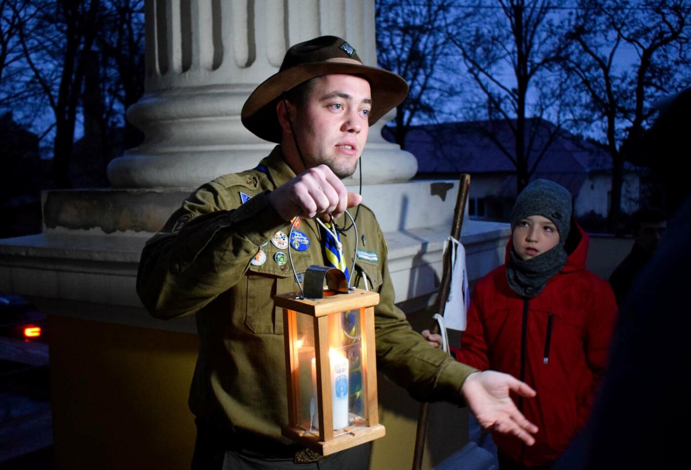 До Ужгорода привезли Вифлеємський вогонь миру (ФОТО), фото-8