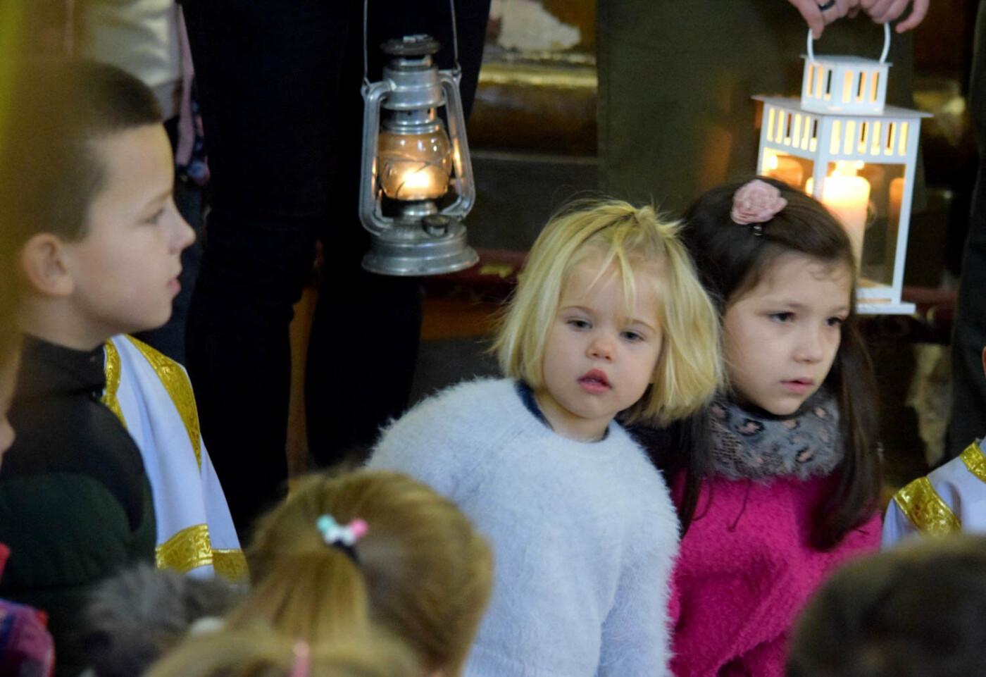 До Ужгорода привезли Вифлеємський вогонь миру (ФОТО), фото-20
