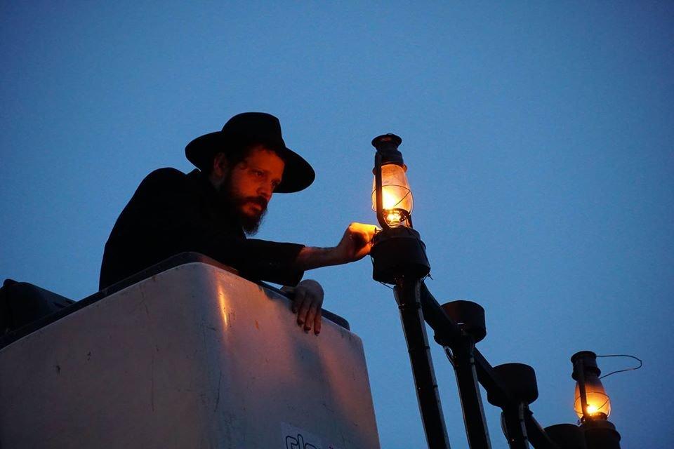 """Як в Ужгороді відзначали єврейське свято """"Хануку"""" (ФОТО), фото-1"""