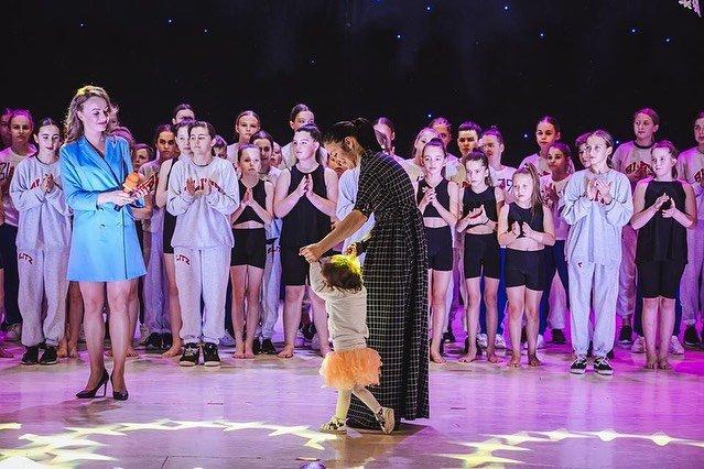 Зібрали понад 50 тис грн: в Ужгороді пройшов третій благодійний концерт ССТ «БЛІЦ» (ФОТО), фото-2